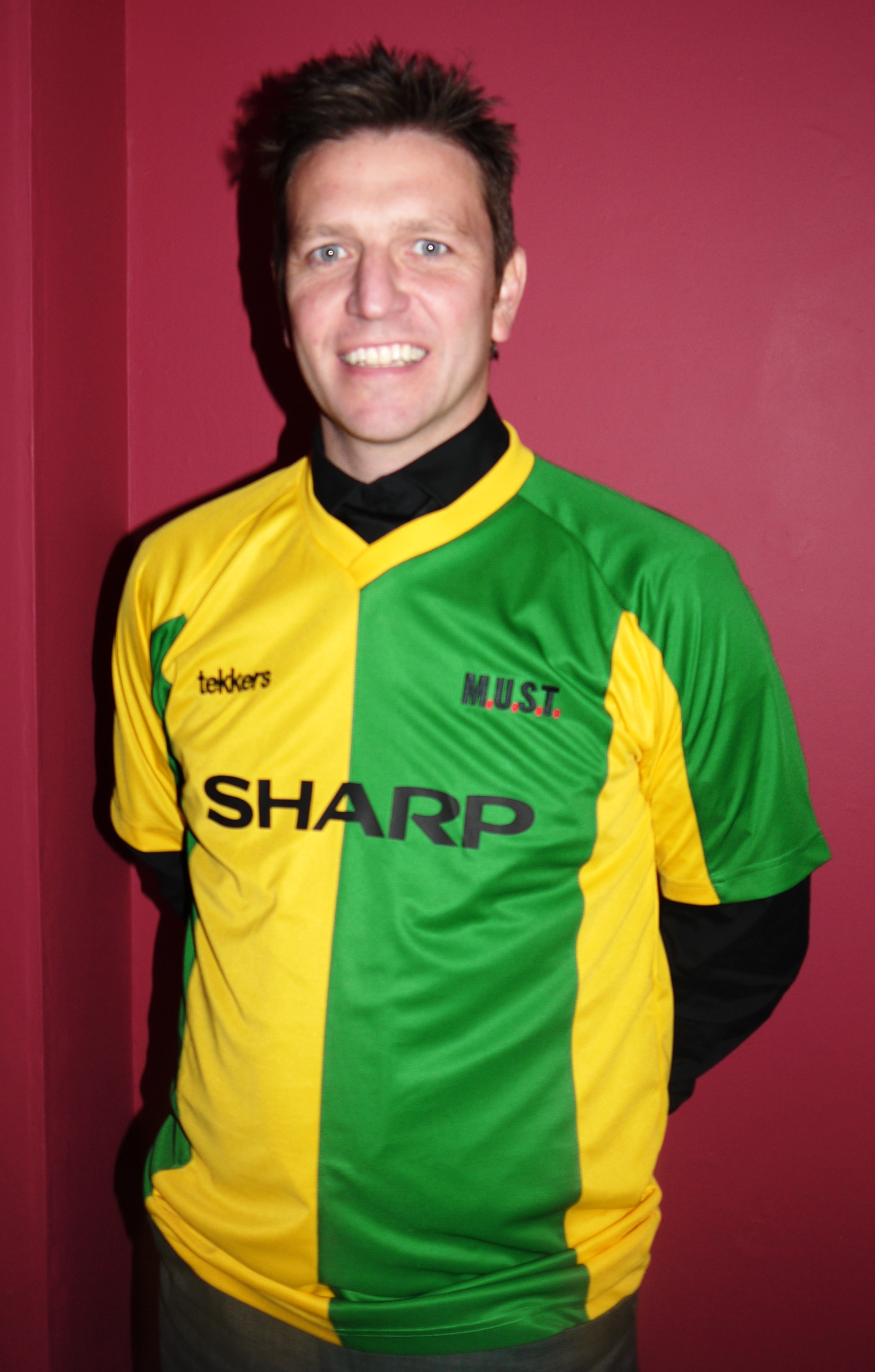 new concept 1b1e1 b2107 Man Utd Green And Yellow Shirt For Sale - DREAMWORKS